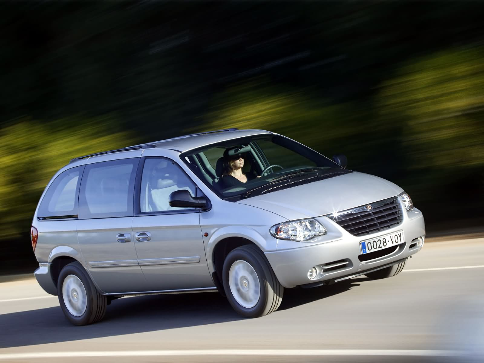Chrysler Voyager LX 2.8 CRD European Version 2004 5